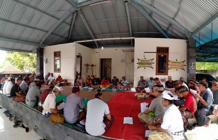 Pertanggungjawaban APBD Adat 2019 dan Pembahasan Rancangan APBD Adat Desa Bengkel berujung sepakat